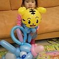 Buny阿姨送的巧虎和大象