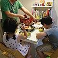 中秋節--好市多烤雞+鮮蝦沙拉