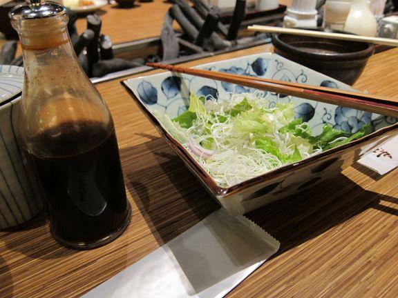 生菜 + 柚子醋,高麗菜絲可以續
