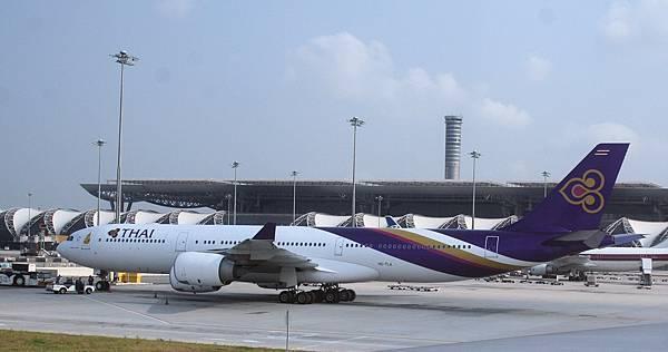 Bangkok_Suvarnabhumi_4.jpg
