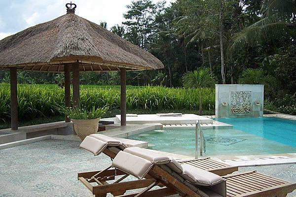Spa Hati Swimming Pool