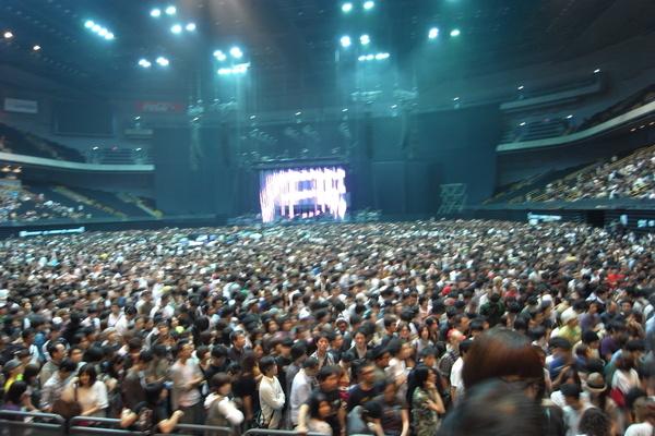 坐的超級滿的Arena