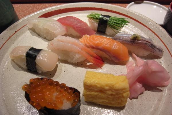 女性特餐A握壽司10枚