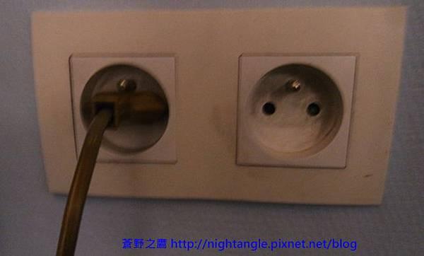歐洲二孔圓型插頭