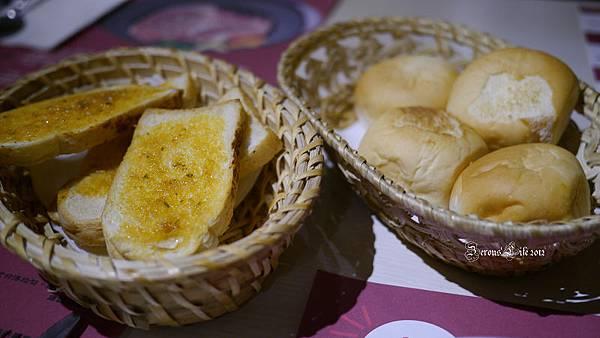 P1020696-麵包
