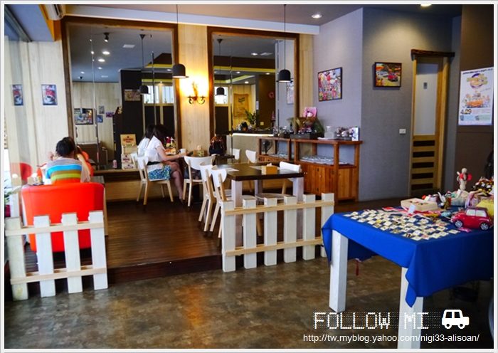 FOLLOW MI cafe (12)