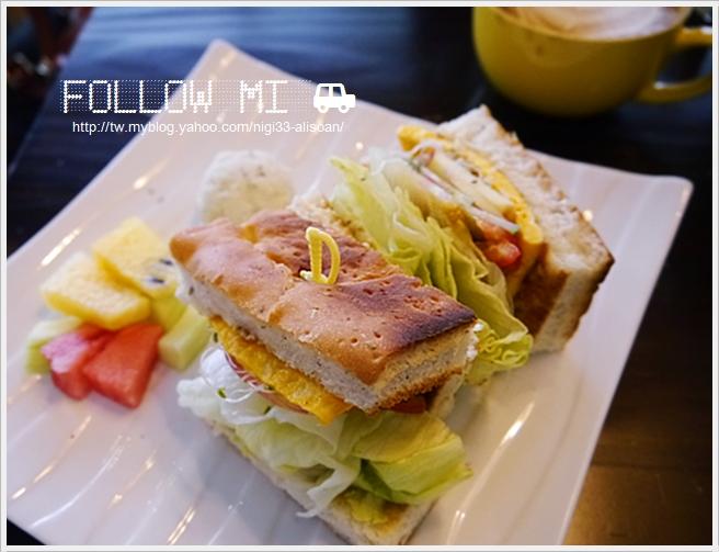 FOLLOW MI cafe (20)