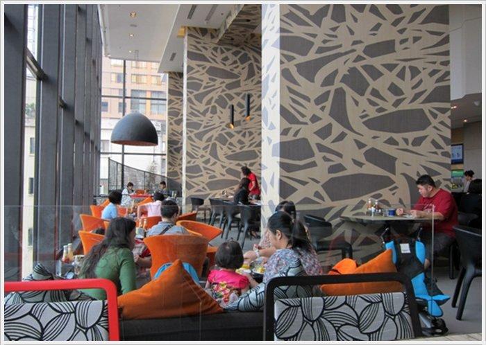2013曼谷自由行~住宿【Holiday Inn Express Bangkok Siam Hotel】19