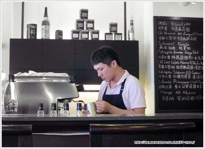 謎思咖啡08