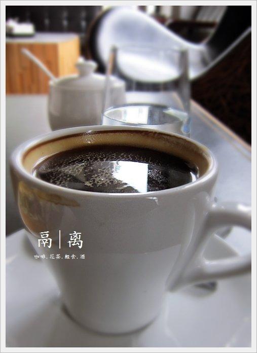 鬲离咖啡18