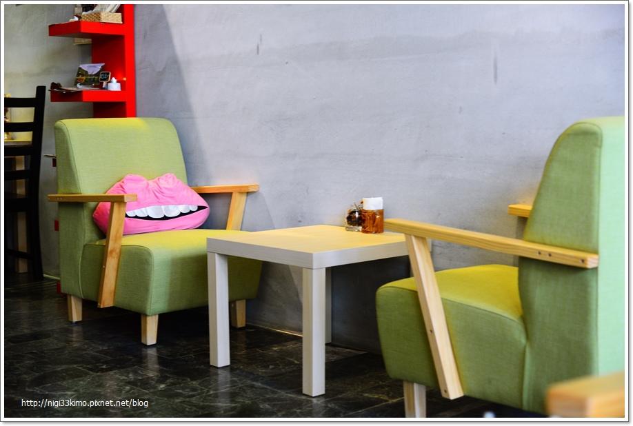 Cafe Street20