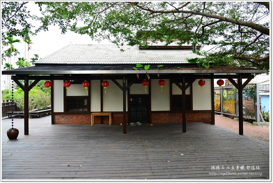 鹿麻產火車站08.JPG