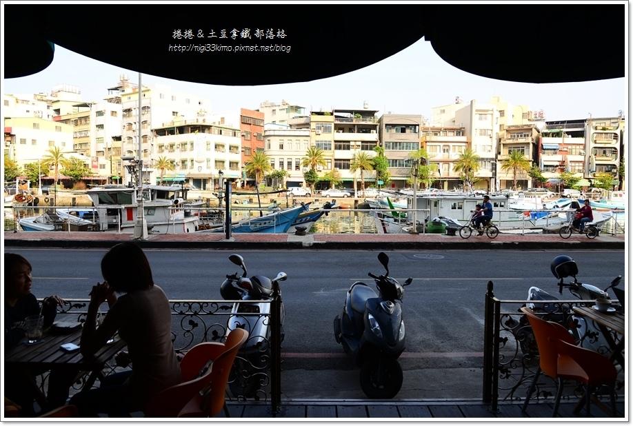 亨利咖啡西子灣5.JPG
