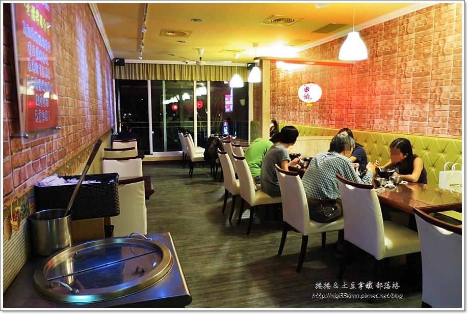 八葉燒烤雞腿飯03.JPG