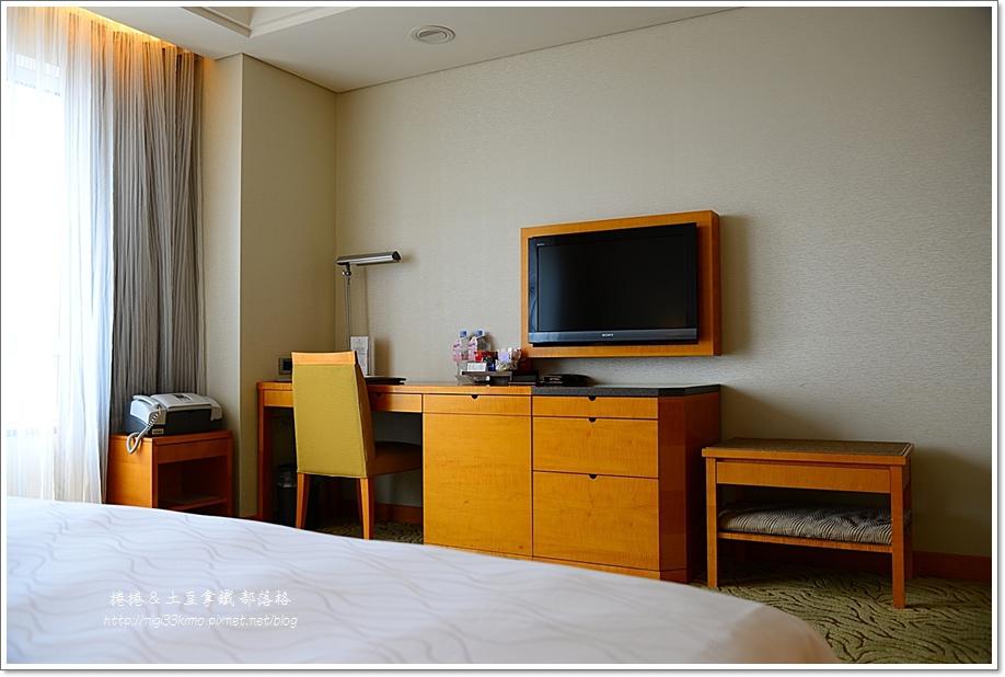 裕元花園酒店房間02.JPG