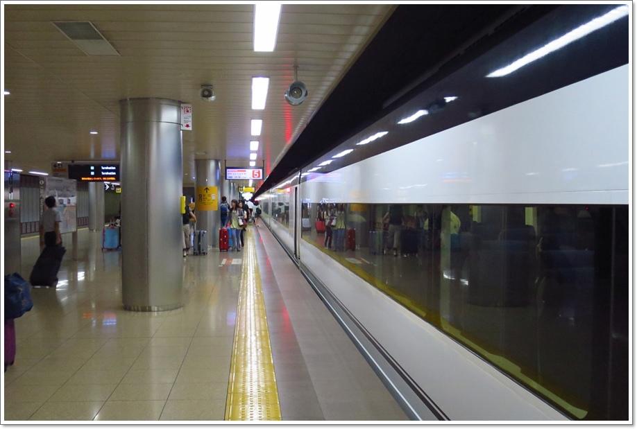 成田機場搭車14.JPG