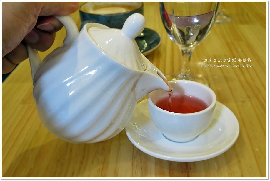 典咖啡11.JPG