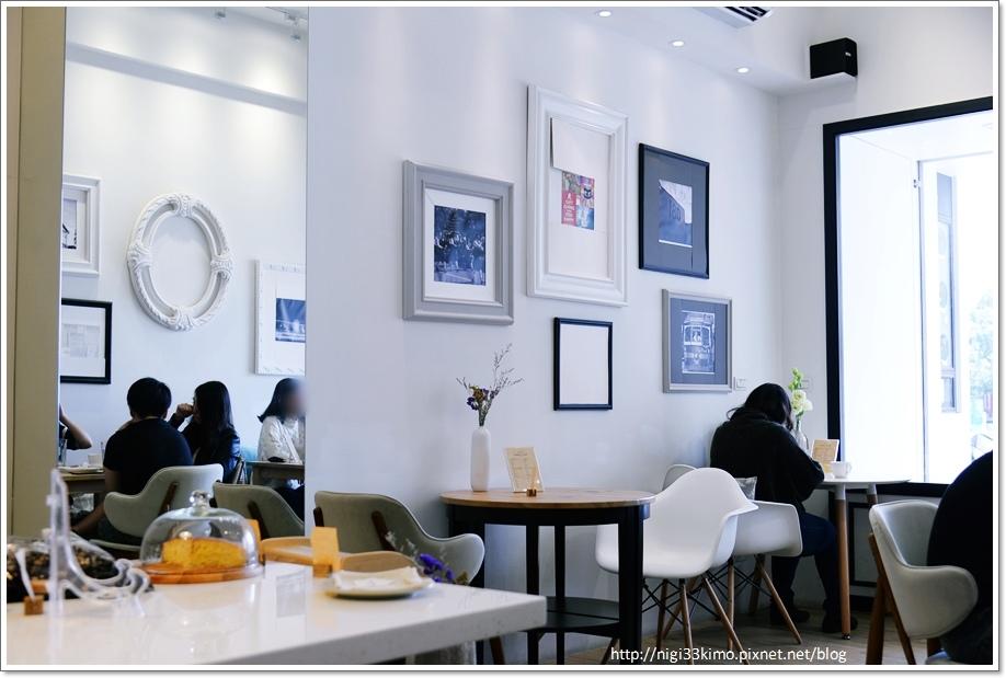 楠梓FANS CAFE11