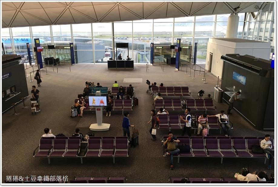 香港機場港龍貴賓室G16 (3)