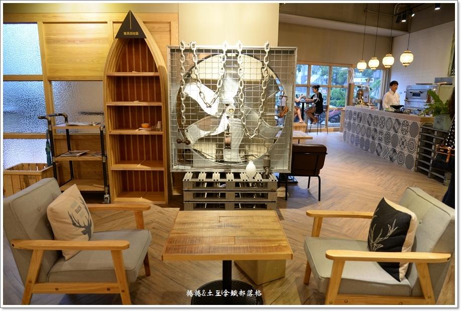 卡非小食光民生店23