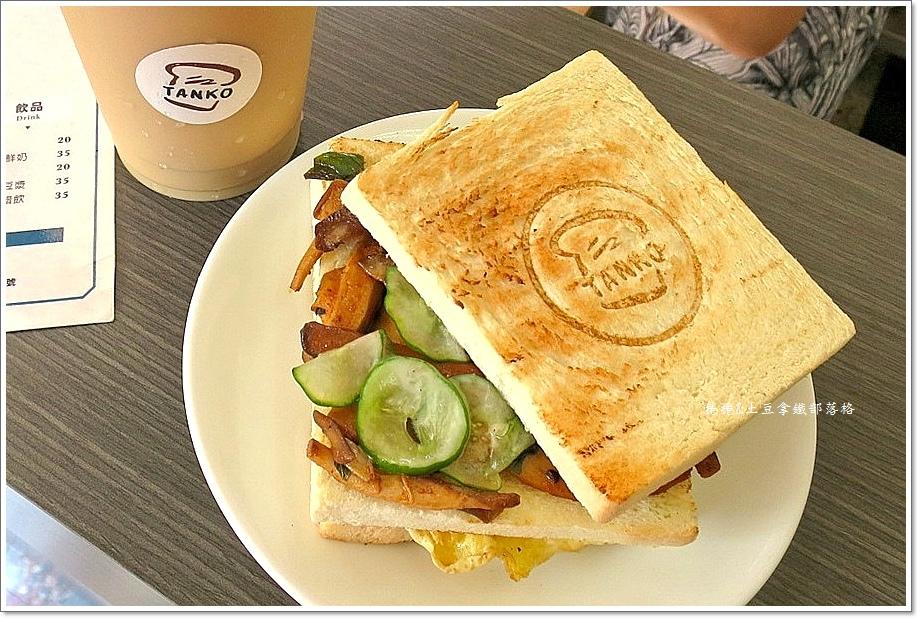 炭烤三明治9