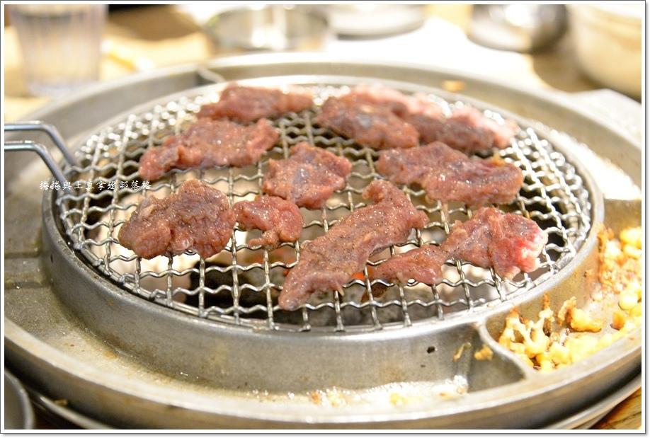 姜虎東白丁韓國烤肉20.JPG