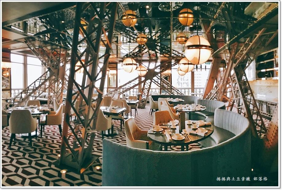 巴黎軒鐵塔餐廳11.JPG