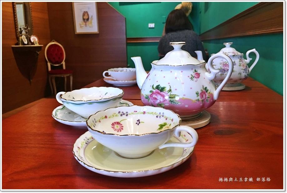 佐CAFE 15.JPG