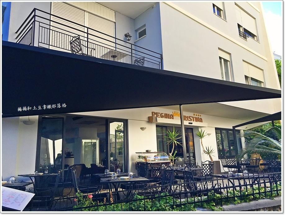 卡布里島上飯店01.JPG