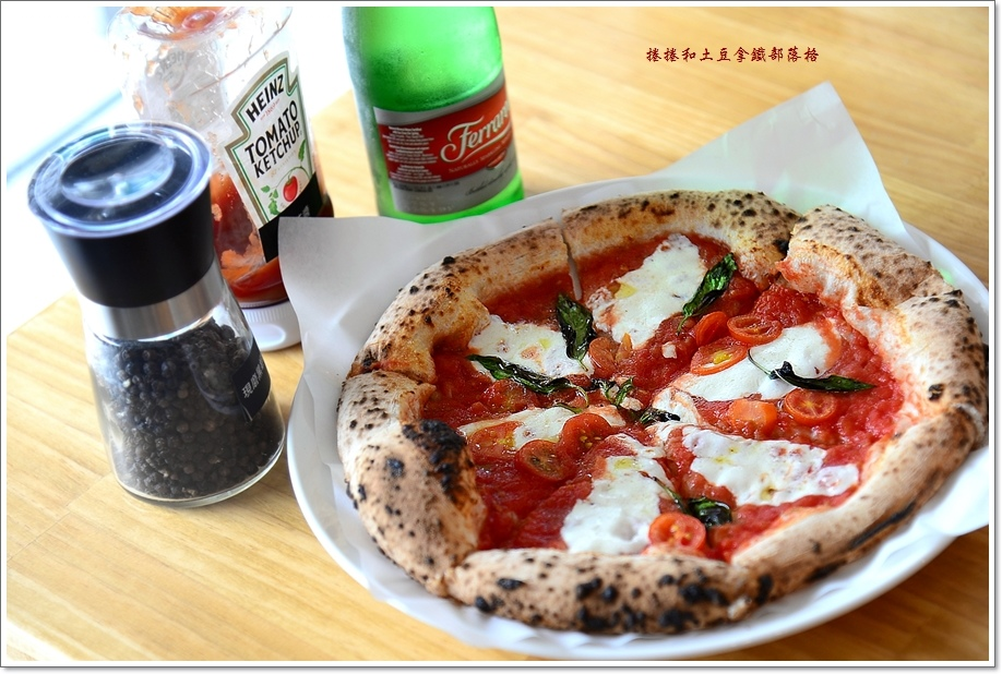 老派披薩20.JPG