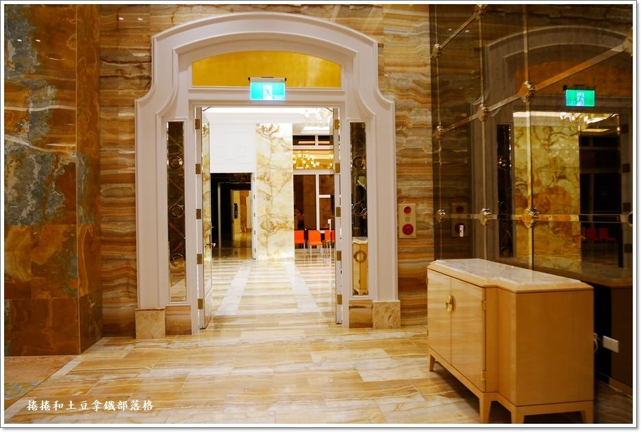 走廊3.JPG