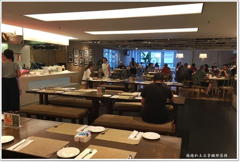 今旅酒店早餐-4.JPG