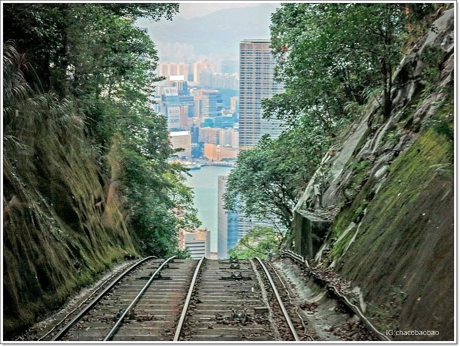 香港自由行20140905 纜車後面拍出去