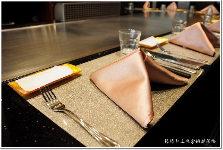 松悅創意鐵板燒06.JPG