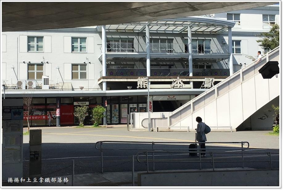熊本電車01.JPG
