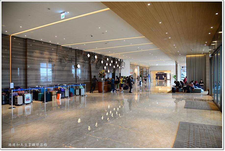 澎澄飯店大廳