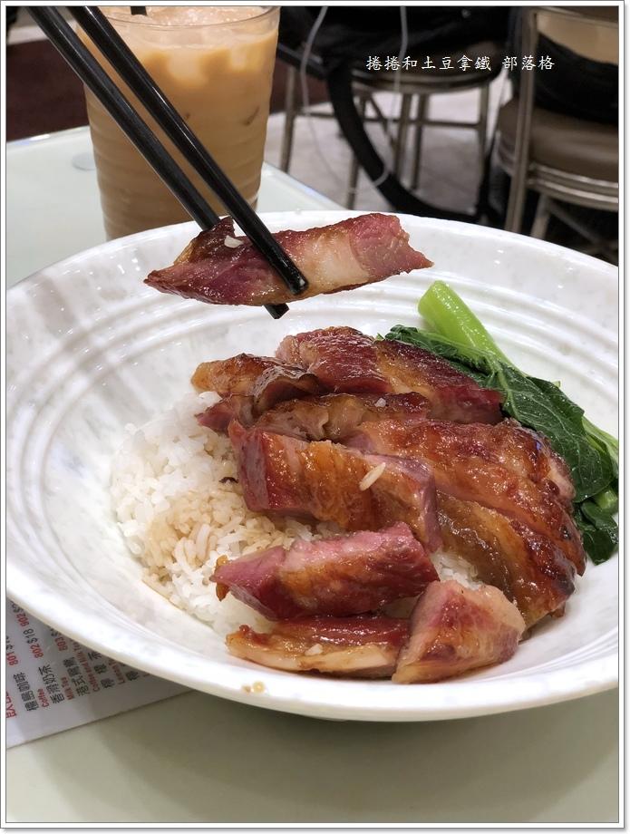 囍運燒臘餐廳小廚14.JPG
