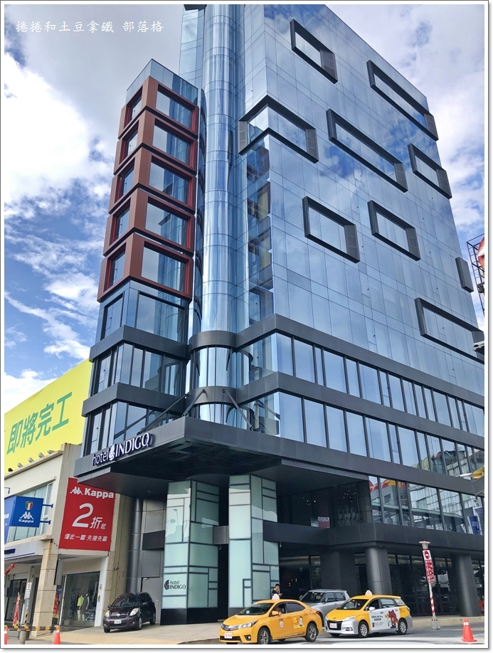 英迪格一樓咖啡廳01.JPG