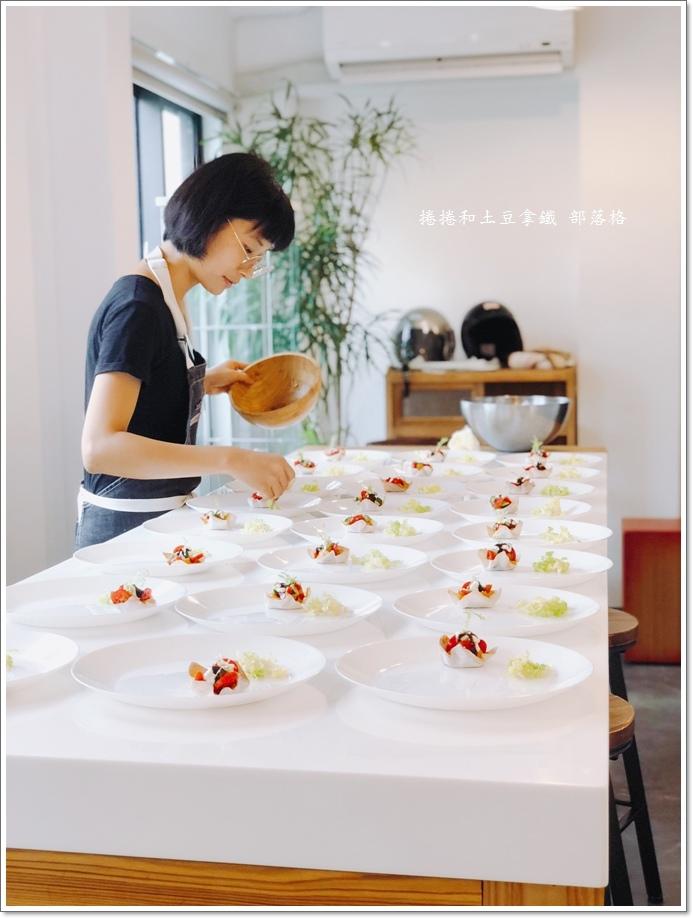 恆好餐廳畫廊09.JPG