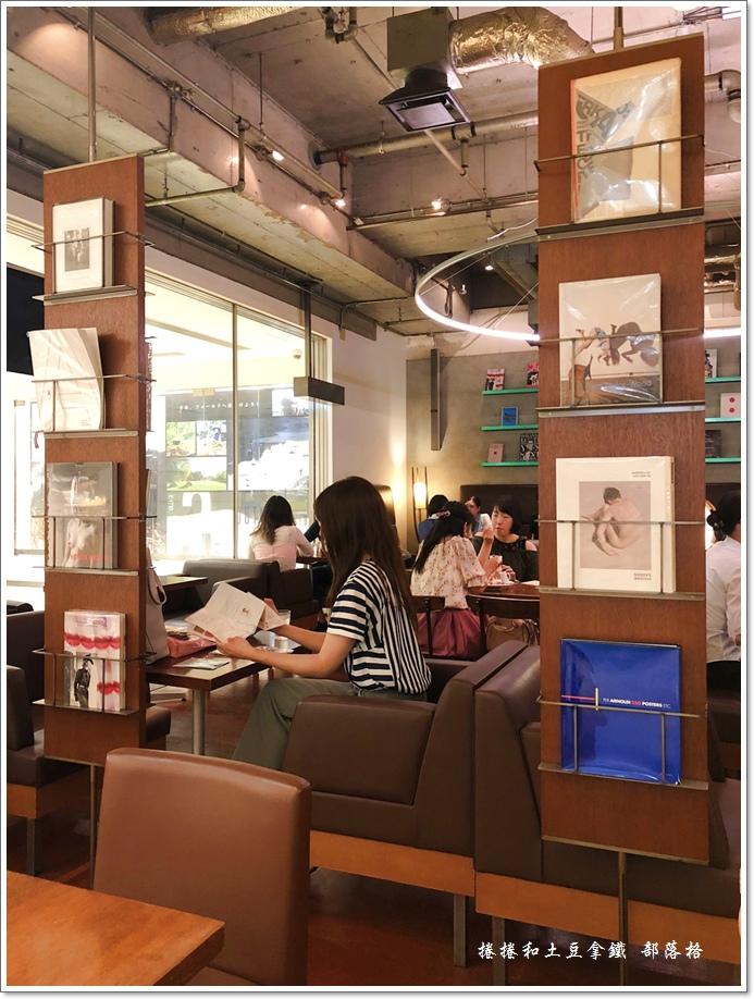 Bibliotheque鬆餅咖啡09.JPG