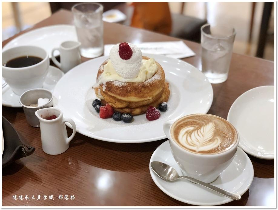 Bibliotheque鬆餅咖啡11.JPG