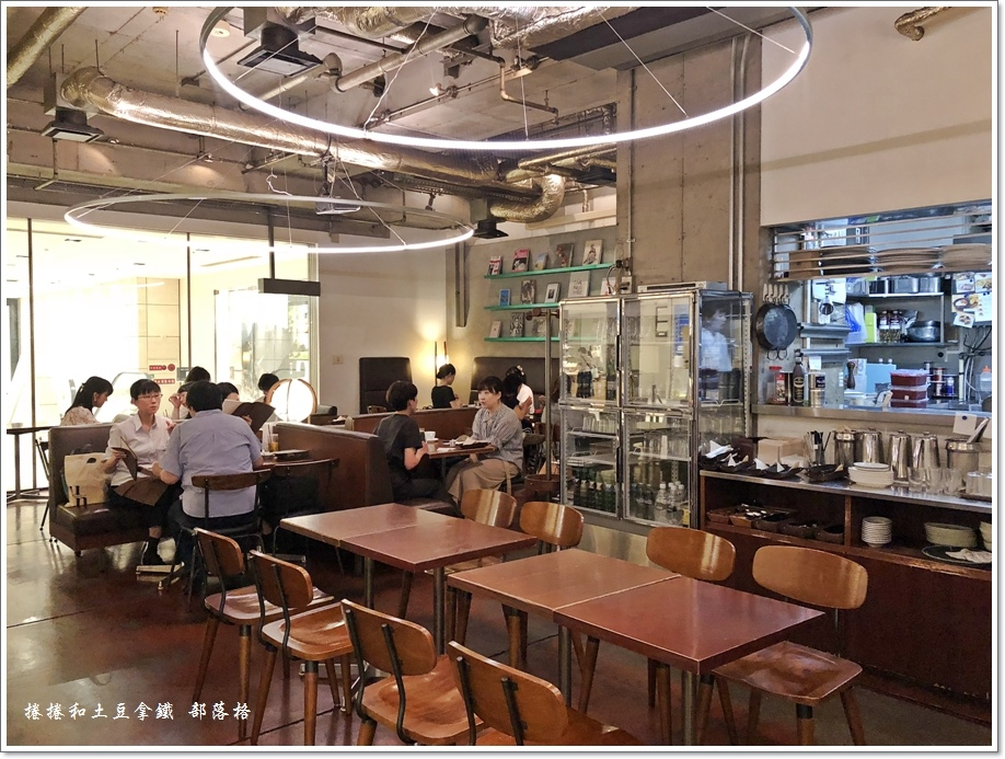 Bibliotheque鬆餅咖啡12.JPG