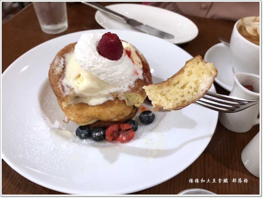 Bibliotheque鬆餅咖啡14.JPG