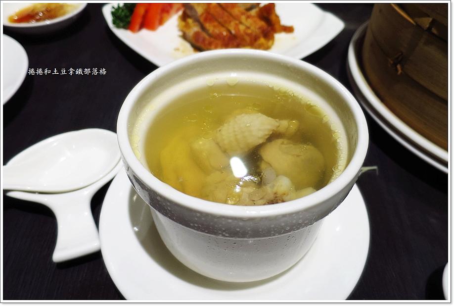漢來紅陶湯包-2