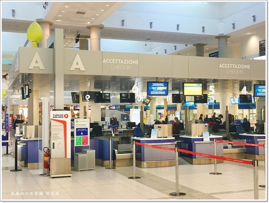 巴里Bari機場01