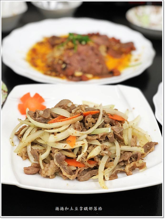 金東北酸菜白肉鍋-6