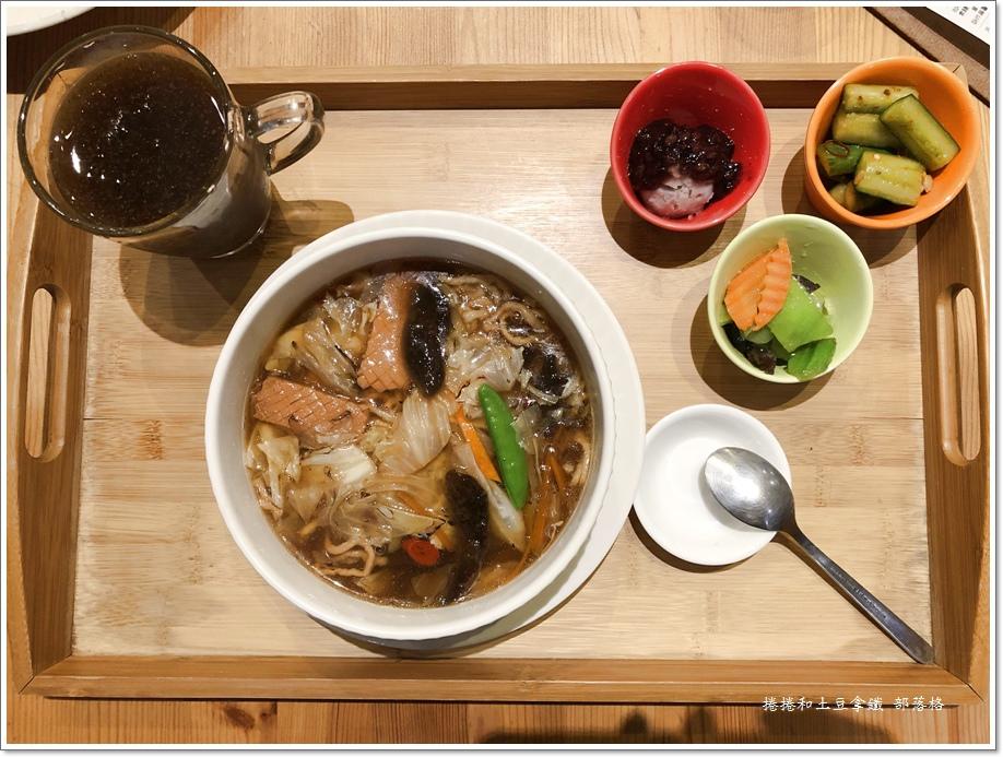 大素園素食12.JPG