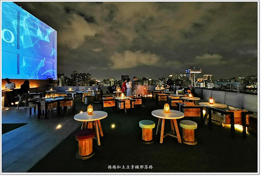 高雄英迪格酒店高空酒吧-3.jpg
