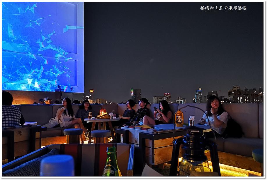 高雄英迪格酒店高空酒吧-8.jpg