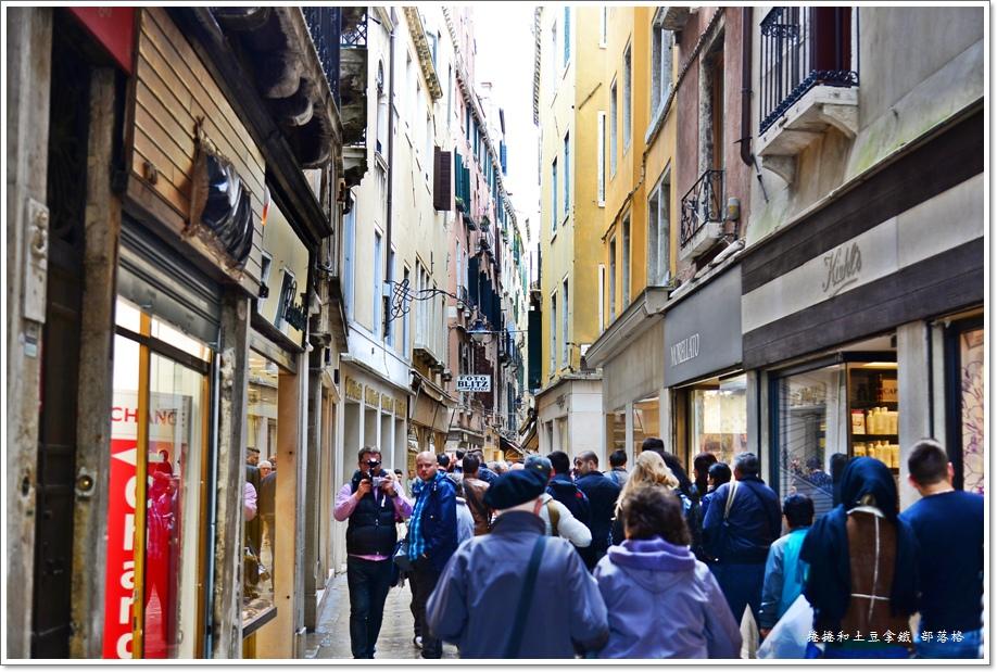 威尼斯前往飯店01.JPG